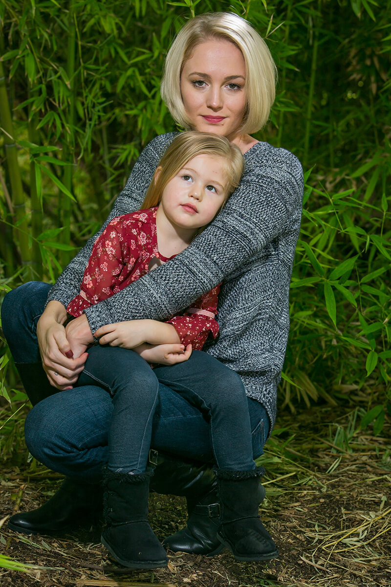 Mother and daughter portrait session at the local zoo.